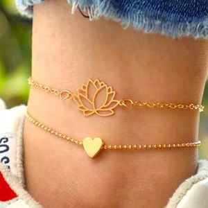✨Gold Lotus & Heart 🧡 Chain Anklet 2pcs✨